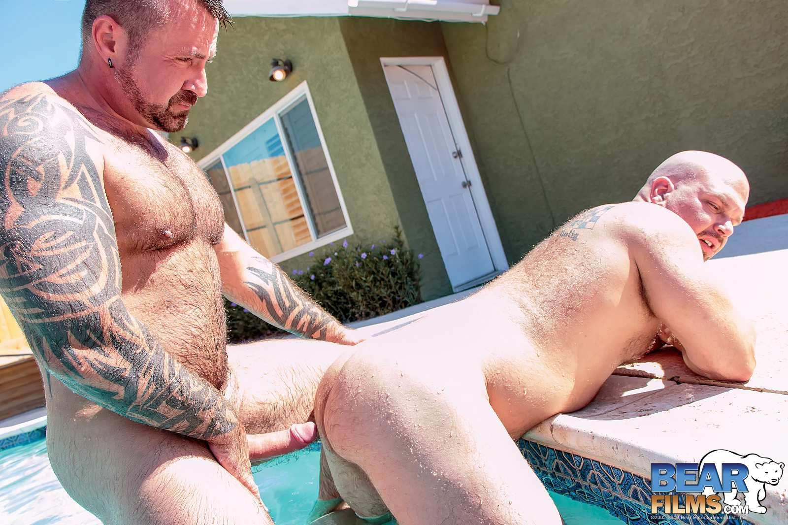 Bear-Films-Marc-Angelo-and-Wade-Cashen-Hairy-Muscle-Bears-Fucking-Bearback-Amateur-Gay-Porn-12 Hairy Muscle Bears Fucking Bareback At The Pool
