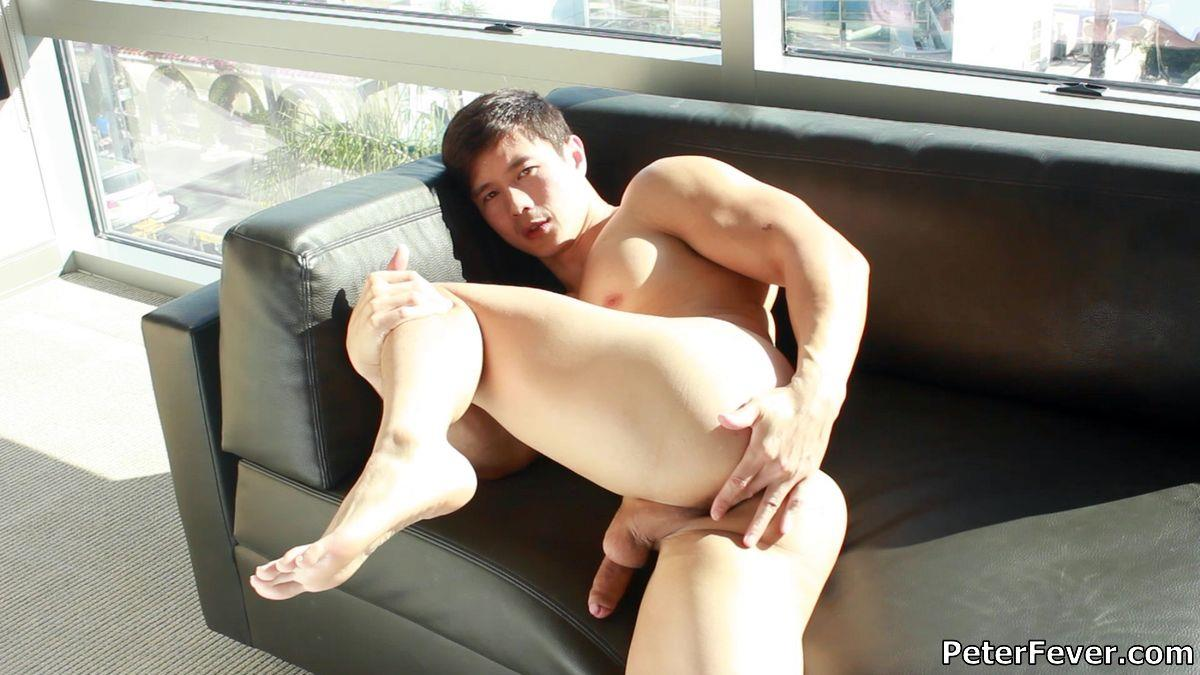 Peter-Fever-Peter-Le-Muscular-Naked-Chinese-Guy-With-Big-Uncut-Cock-Amateur-Gay-Porn-20 Muscular Asian Peter Le Jerking His Big Uncut Asian Cock
