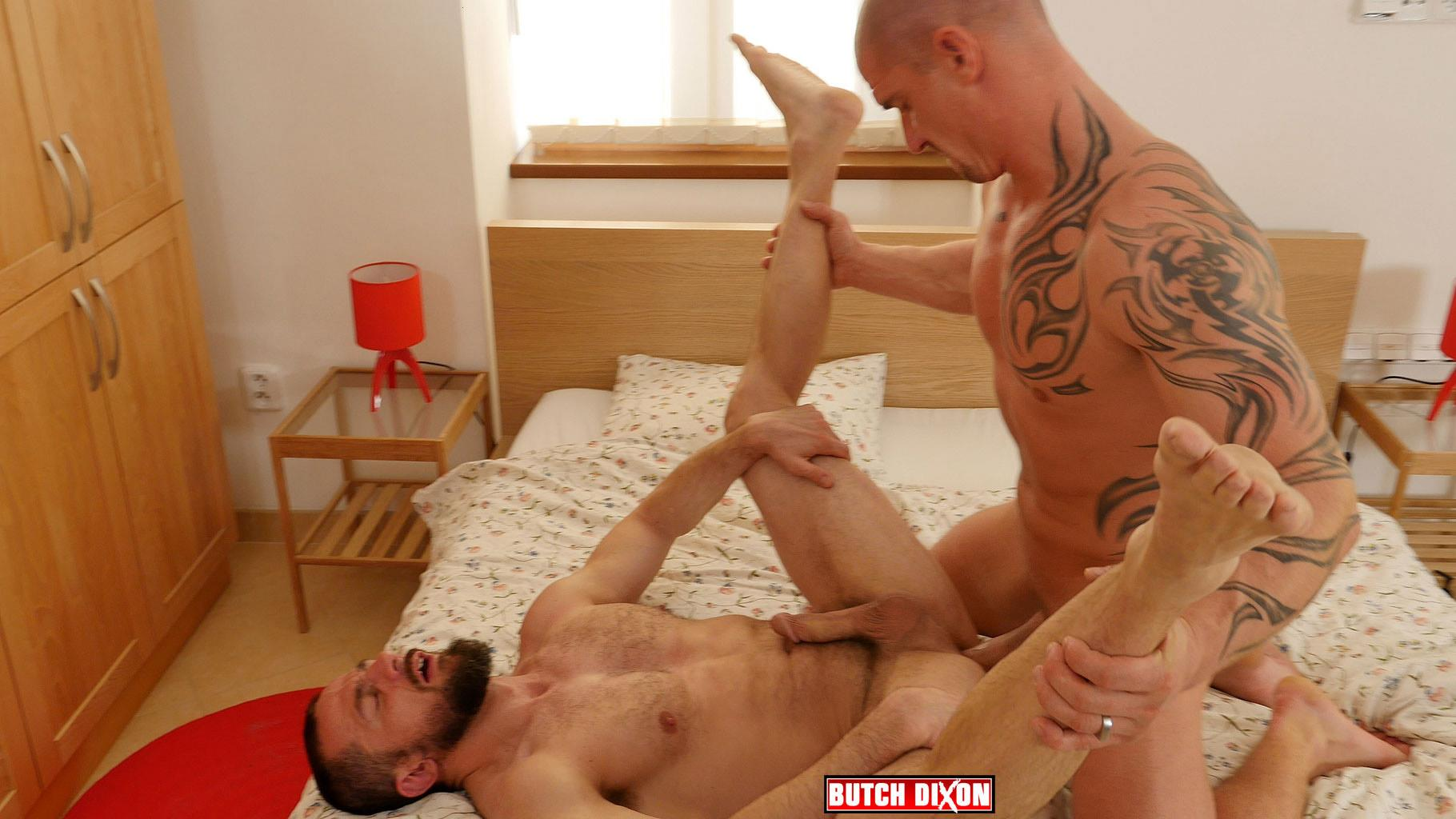 Butch Dixon Erik Lenn and Mike Bourne Masculine Guys Fucking Bareback Amateur Gay Porn 22 Beefy Masculine Guys Fucking Bareback With A Big Uncut Cock